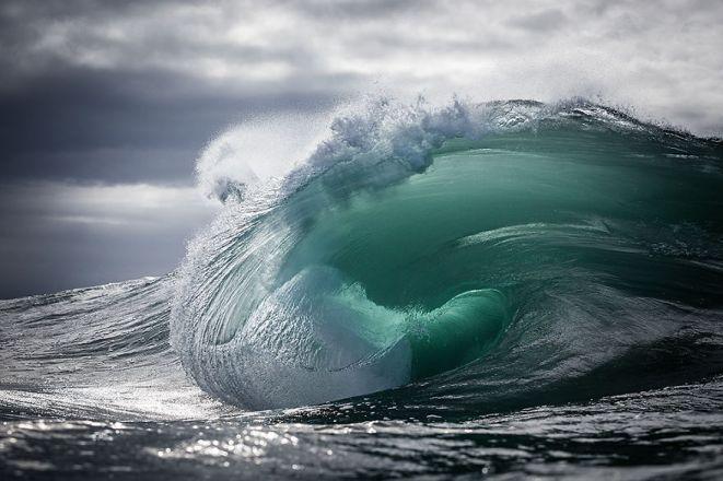 Gorgeous Waves