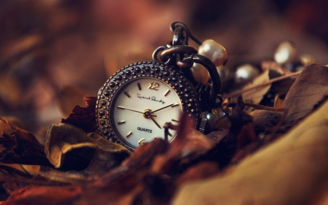 Clock-Leaves-Autumn