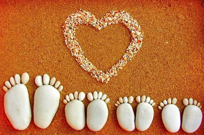 happy_family_stones_photo_abstract_hd-wallpaper-1607889